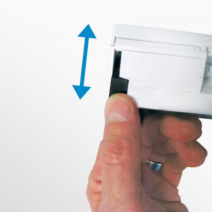 Nawiewniki EMM standardowo wyposażone są w ręczną blokadę przepływu powietrza. Nawiewniki przymknięte umożliwiają doprowadzenie minimalnej ilości powietrza. Z opcji tej zaleca się korzystać wyłącznie przy niesprzyjających warunkach klimatycznych.