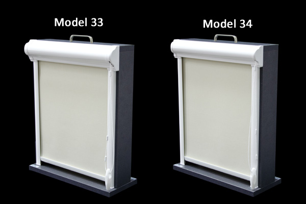 Model 33 Roleta w kasecie przestrzennej z aluminium przyklejana do ramy okna lub zawieszana za pomocą wieszaków bezinwazyjnych. Jest to model 23 w wersji przestrzennej. Kaseta rolety dostępna jest w kolorze białym, brązowym, oraz w najpopularniejszych drewnopodobnych kolorach oklein stosowanych w stolarce okiennej. Model 34  Roleta w kasecie przestrzennej z aluminium przyklejana do ramy okna lub zawieszana za pomocą wieszaków bezinwazyjnych. Jest to model 24 w wersji przestrzennej. Kaseta rolety dostępna jest w kolorze białym, brązowym, oraz w najpopularniejszych drewnopodobnych kolorach oklein stosowanych w stolarce okiennej.