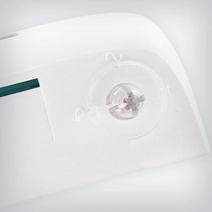 Nawiewniki EXR wyposażony w ustawienie przepływu minimalnego może zostać jednym ruchem zamieniony w nawiewnik ciśnieniowy z kontrolą strumienia maksymalnego. Od dziś użytkownik uzyskuje pełną kontrolę nad sposobem działania nawiewnika – dzięki swojej zaawansowanej konstrukcji EXR.HP oferuje sprawny wybór funkcji przy użyciu łatwo dostępnego przełącznika na obudowie nawiewnika. Nawiewniki przymknięte umożliwiają doprowadzenie minimalnej ilości powietrza. Z opcji tej zaleca się korzystać wyłącznie przy niesprzyjających warunkach klimatycznych